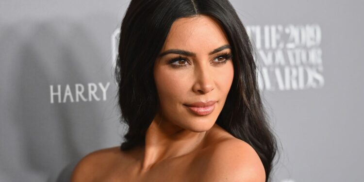 Kim Kardashian dice que North West arrastra su casa cuando está enojada: es 'tan feo'