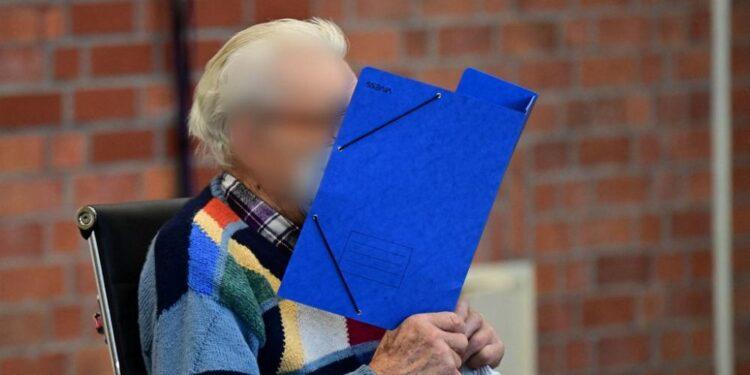 'La justicia no tiene fecha de caducidad': ex guardia del campo nazi, de 100 años, va a juicio