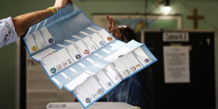 La nieta de Mussolini gana la mayoría de votos en las elecciones municipales de Roma