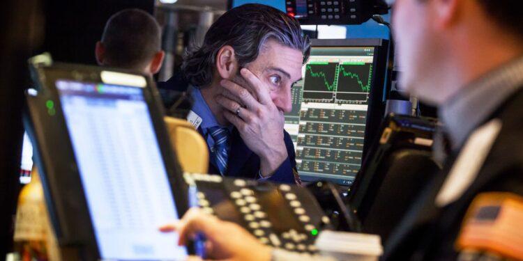 Los futuros de las acciones suben después de que disminuyen las preocupaciones sobre el techo de la deuda de los inversores