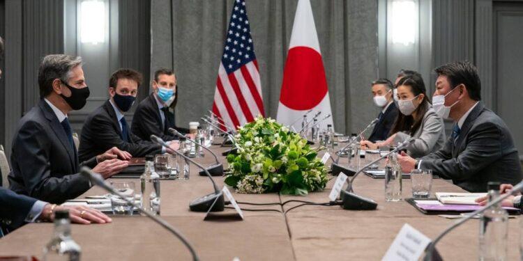 Motegi seguirá siendo ministro de Relaciones Exteriores de Japón en mensaje de continuidad