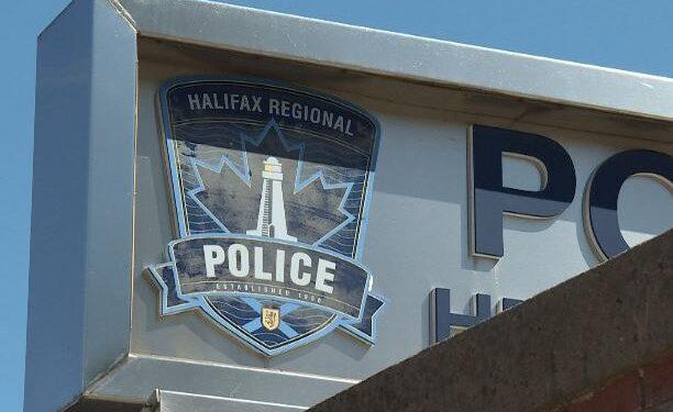 Senior de Nueva Escocia acusado de agredir sexualmente a un joven en Dartmouth - Halifax